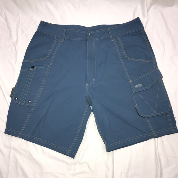 AFTCO Other - AFTCO Fishing Shorts EUC Sz 38